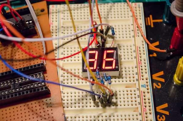 Multiplexing a dual seven segment display with a ATTiny2313a